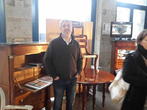 Stéphane Simon, ébéniste à st martin des champs, manche