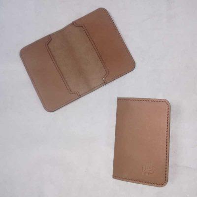 Porte carte cuir végétal marron
