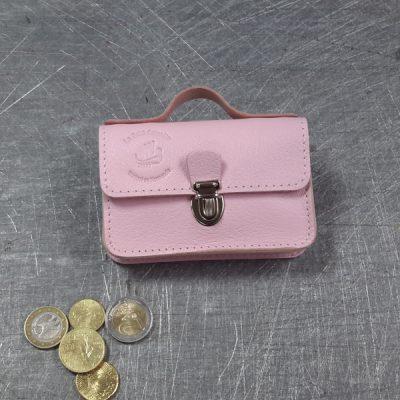 Porte monnaie cartable en cuir rose très pâle