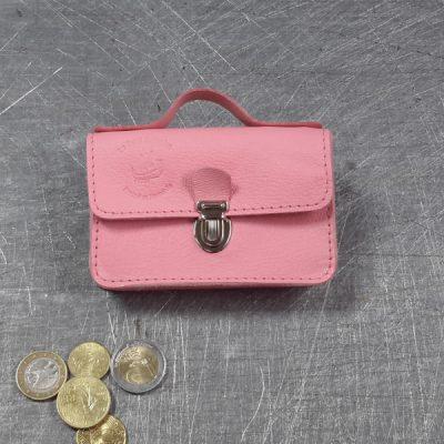 Porte monnaie cartable en cuir rose pâle rose