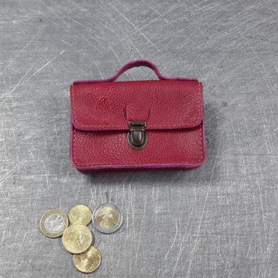 Porte monnaie cartable en cuir fuschia