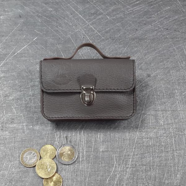 Porte monnaie cartable en cuir taupe 31