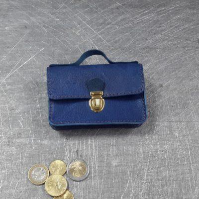 Porte monnaie cartable en cuir bleu roi 466