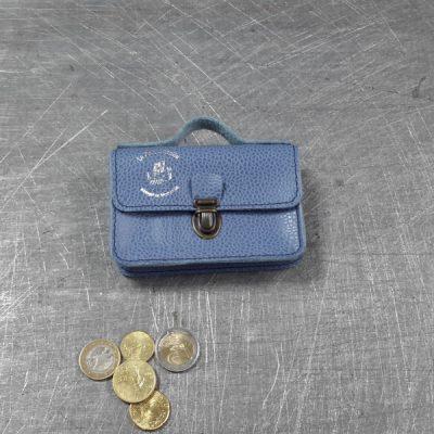 Porte monnaie cartable en cuir bleu grainé 55