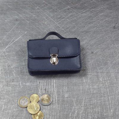 Porte monnaie cartable en cuir bleu orage 57
