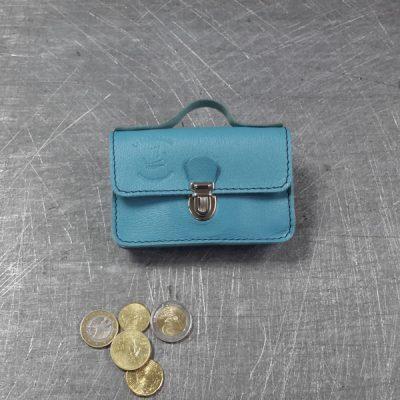 Porte monnaie cartable en cuir bleu ciel