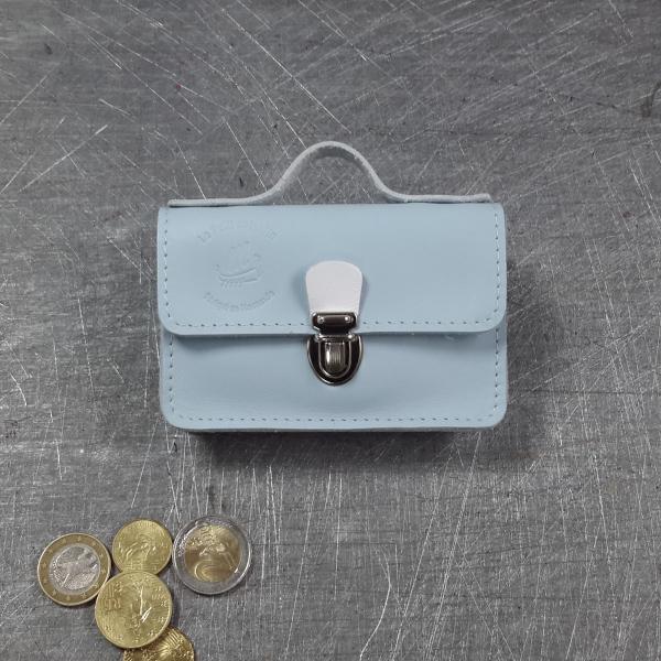 Porte monnaie cartable en cuir bicolore bleu pâle blanc blanche nickel