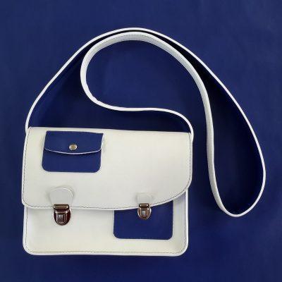 Décalé sac à main cuir blanc et bleu marine
