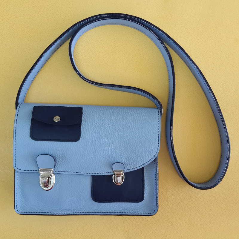Décalé sac à main cuir bleu ciel et bleu marine