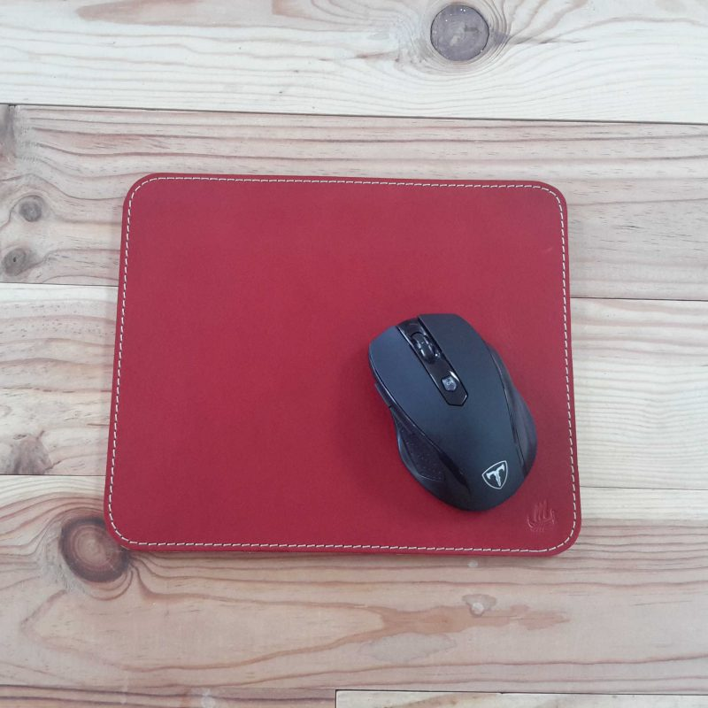 tapis souris cuir rouge carré made in france