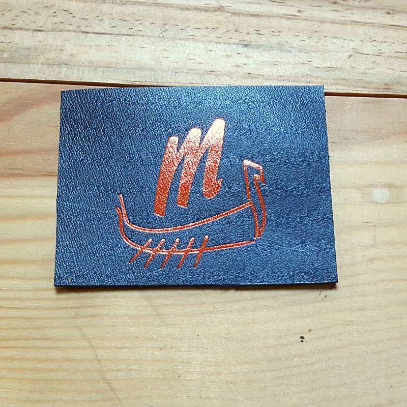 Logo drakkar rose doré 4cm